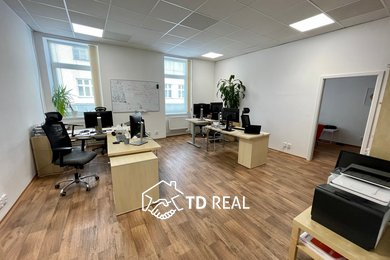 Pronájem, Kanceláře, 174m² - Brno - Trnitá, Ev.č.: 00642