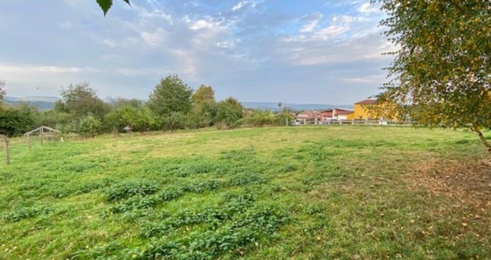 Prodej krásného pozemku 936m2, obec Svinaře- Beroun