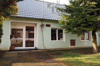 Prodej, Rodinné domy, 100m² - Boleradice, Ev.č.: 00051