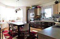 Dubicko, RD 273 m2, pozemek 880 m2, 2 terasy, garáž, bazén - rodinný dům