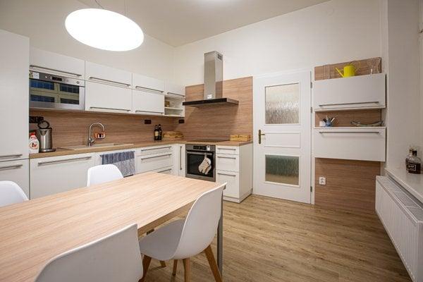Prodej bytu 2+1, 87 m² - ul. Skřivanova, Brno