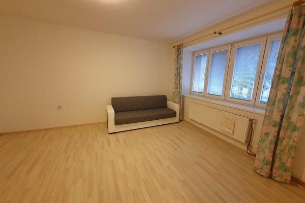 Pronájem bytu 2+kk, 46 m² - ul. Skácelova, Brno