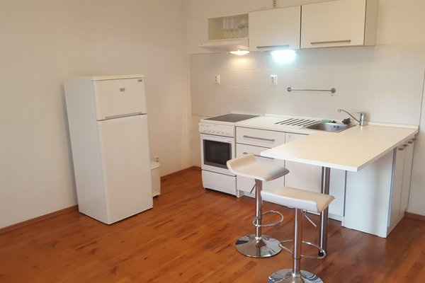Pronájem bytu 2+kk, 43 m² - ul. Elgartova, Brno