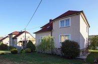 Prodám 2 rodinné domy s dílnou, Komárov, Hořovice