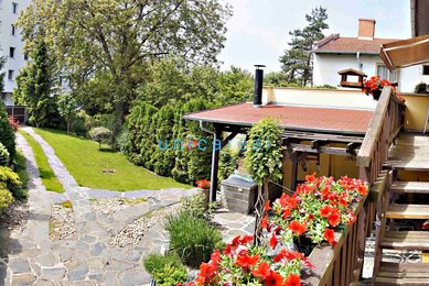 Prodej zrekonstruovaného RD 4+1 se 2 garážemi, pěknou zahradou, Brno-Řečkovice