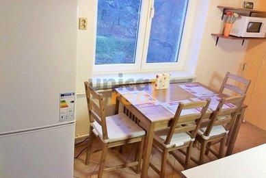 Byt 2+1 s balkonem, 56 m² v krásném, klidném prostředí Adamova