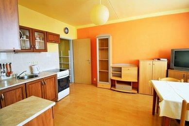 Pronájem bytu v OV 2+kk, tř. Generála Píky, Brno - Černá Pole