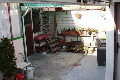 Prodej řadového RD 3+1 v Křenovicích, s garáží