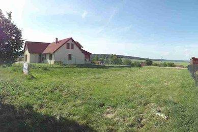 Prodej zasíťovaného pozemku v těsné blízkosti Brněnské přehrady v obci Hvozdec