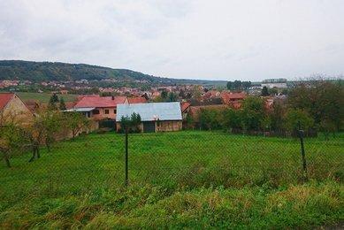 Prodej krásného pozemku s výhledem v Kovalovicích, CP: 1468 m²