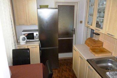 Prodej cihlového bytu 2+1 v OV (CP: 54 m²), ulice Grohova