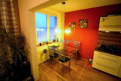 Pronájem pěkného, zrekonstruovaného a zařízeného bytu 3+kk, Brno-Líšeň