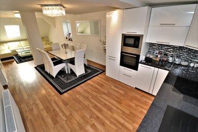 Prodej RD, dvě bytové jednotky, Modřice, Brno-venkov