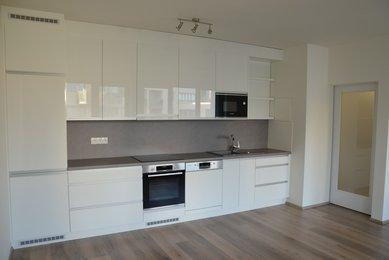 Pronájem bytu 2+kk, 55 m², garážové stání, Brno, Vídeňská