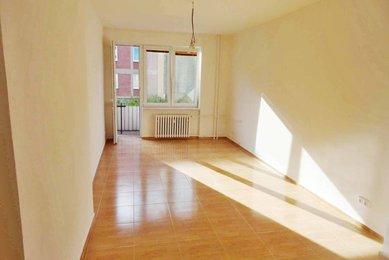 Pronájem zrekonstruovaného bytu 2+1 s balkonem, Brno-Řečkovice, ul. Družstevní