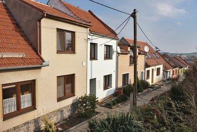 Prodej RD 3+1(4+kk) Podolí se zahradou a garáží, Brno- venkov
