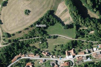 REZERVACE, Prodej stavebního pozemku 4410m² (338 Kč za m²) v malebné obci Slatinka u Letovic