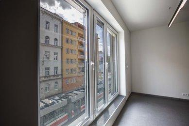 Pronájem tří kanceláří 141m², Milady Horákové, Brno - Černá Pole