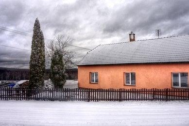 Prodej chalupy s garáží, Benešov, okres Blansko