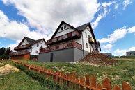 Václavov - celý dům terasy z dola