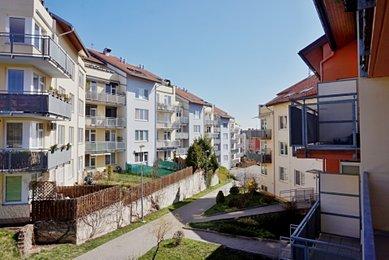 Pronájem bytu 2+kk s lodžií, Brno, Medlánky, ul. Hrázka