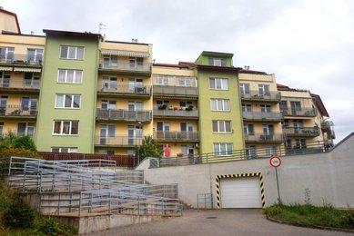 Pronájem bytu 2+kk s terasou a garáž. stáním, Brno-Medlánky, ul. Hrázka