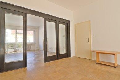 Komerční prostory ve vyhledávané lokalitě, ulice Minská, CP 128 m²