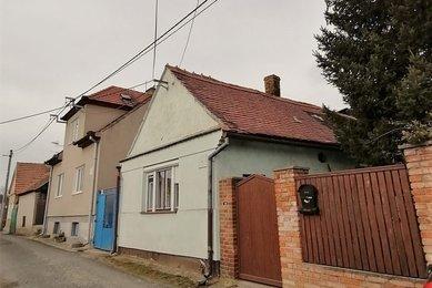 Prodej domu 4+1 v obci Bohuslavice nedaleko Kyjova