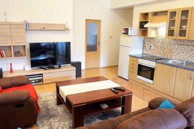 Pronájem bytu 2+kk, Brno- Komín, ul. Hlavní