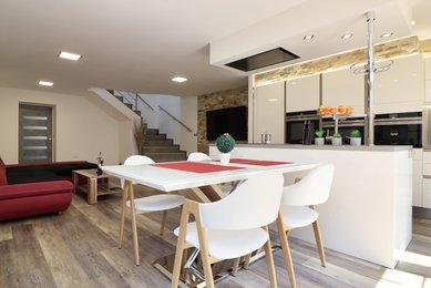Prodej rodinného  domu 6+kk s garáží  - Hrušovany nad Jevišovkou