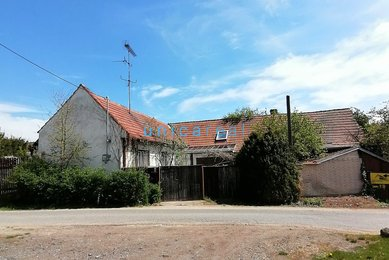 Prodej rodinného domu 2+1 s možností rozšíření v obci Čeložnice nedaleko Kyjova