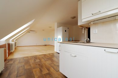 Pronájem bytu 2+kk, 103 m², Brno-Žebětín