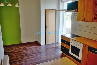 Pronájem, byty 2+kk s balkonem, Brno- Komárov, ul. Jeneweinova