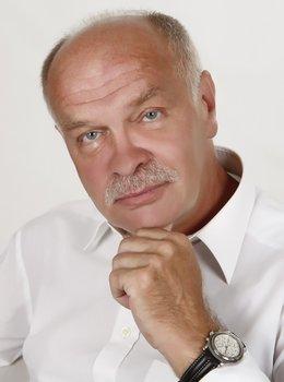 RNDr. Vítězslav Nováček