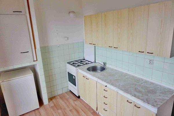 Pronájem bytu OV 2+1 ul. Došlíkova, Brno- Židenice