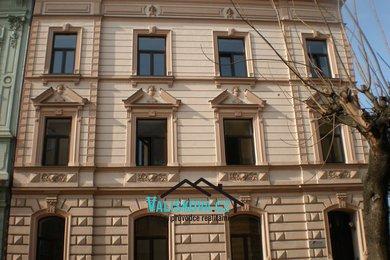 Prodej činžovního domu v centru s parkovištěm, Ev.č.: 00938