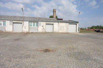 Pronájem výrobních, skladovacích  prostor, 218 m², Ev.č.: 01045