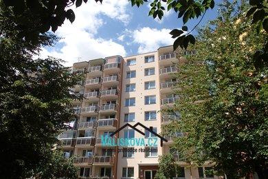 Prodej byt 1+1 Francouzská, Ev.č.: 01244