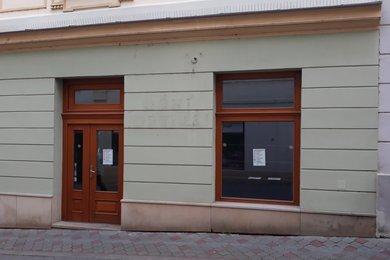 Pronájem obchodních prostor 47,88 m² - Kroměříž, Ev.č.: 01106