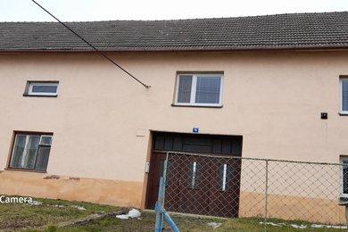 Nabízíme k prodeji rodinný dům 2+1 a 3+1 s garáží, Ev.č.: 01205