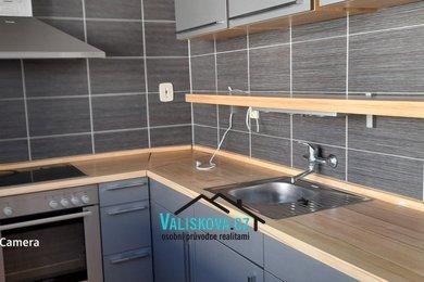 Pronájem, Rodinné domy 7+2,  145 m², Ev.č.: 01211