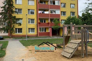 Nabízí, prodej, byty 2+kk Družba, Hulín, Ev.č.: 01260