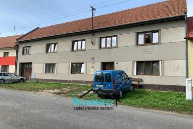 Nabízí, prodej, rodinné domy Pačlavice 1374m2, Ev.č.: 01262