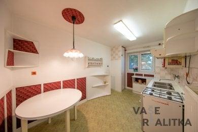 Prodej, byt 2+1, Hranice, ul. Cementářské sídliště, Ev.č.: 00458