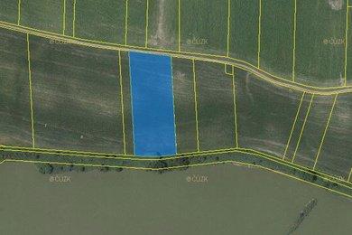 Prodej, pole, Sopreč, Ev.č.: 00605