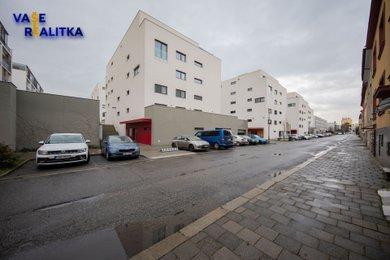 Pronájem, byt 1+kk, Olomouc - Nové Sady, ul. Rokycanova, Ev.č.: 00849
