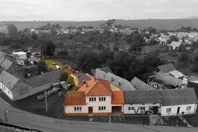 Prodej, rodinný dům, Moravany, Ev.č.: 00988