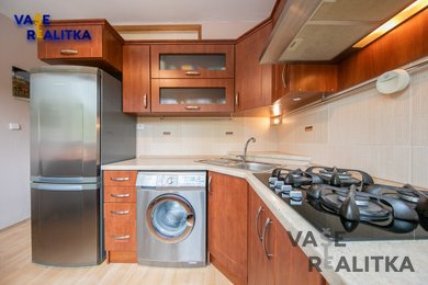 Prodej, byt 2+1 a 3+1 dohromady 5+2, Ostrava - Poruba, ul. Bulharská, Ev.č.: 01051