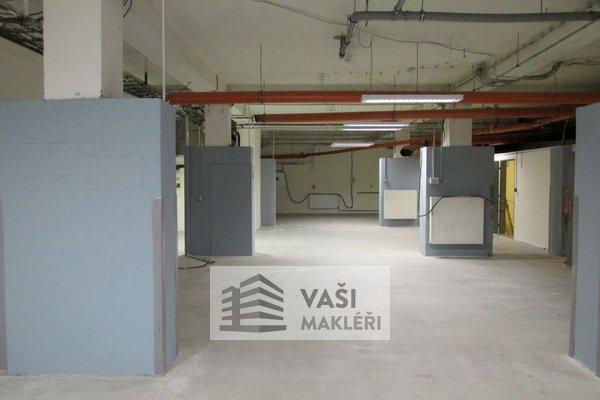 Pronájem, výrobních prostor, 398m² - Brno - Královo Pole