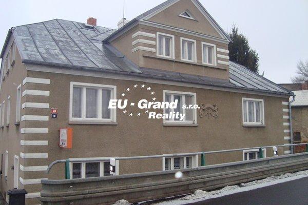 Prodej, dům rodinný, 316m²
